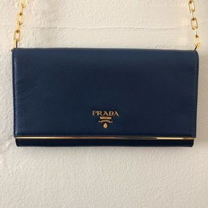 Prada, Chain Wallet